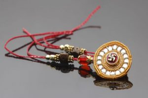School teacher 'removes' rakhis | Gujarat govt seeks explanation