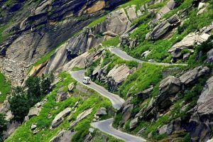 11 killed as private vehicle falls into gorge near Rohtang Pass
