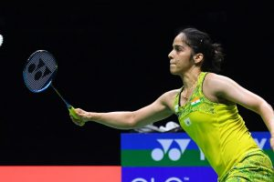 Marin outplays Saina in quarters of World Championships