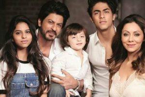 SRK kids Suhana, Aryan bond in California, mom Gauri Khan shares picture