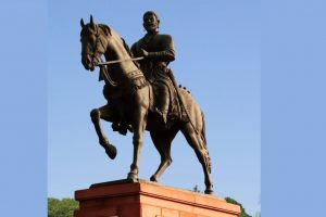 Shivaji memorial: HC asks Centre, MCZMA to file replies on alleged unlawful clearances