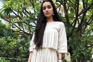 Shraddha Kapoor celebrates Ganesh Chaturthi with grandparents