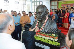 Sushma Swaraj unveils Mahatma Gandhi's bust in Hanoi