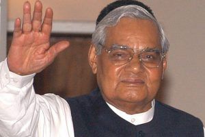 Atal Bihari Vajpayee death: Politicians across party lines pay tributes to former PM