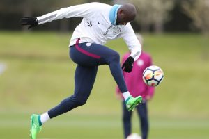 Yaya Toure on verge of signing for mystery Premier League club