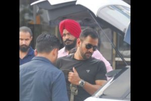 Dhoni in Shimla for 5-day sojourn
