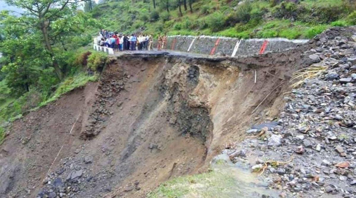 Landslides, Sikkim, Bengal, traffic movement, Bengal Landslides, Sikkim Landslides