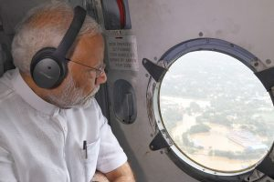 PM salutes 'fighting spirit' of people of flood-hit Kerala