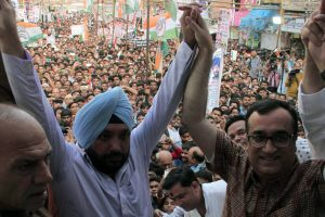 Delhi Congress launches 'Nyay Yudh' to protest sealing drive