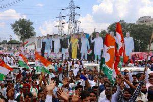 'Shiv Bhakt' Rahul Gandhi's holds mega road show in Bhopal