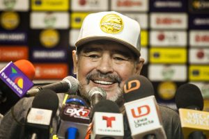 Diego Maradona makes Mexico debut with 4-1 win