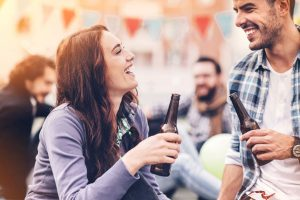 How binge drinking affects male, female brains?