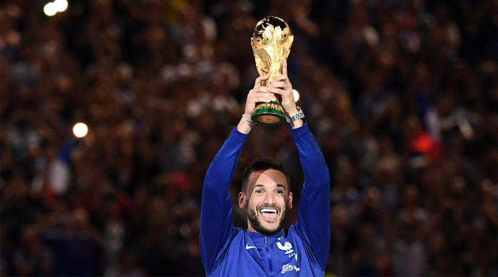 Hugo Lloris lifting the World Cup trophy