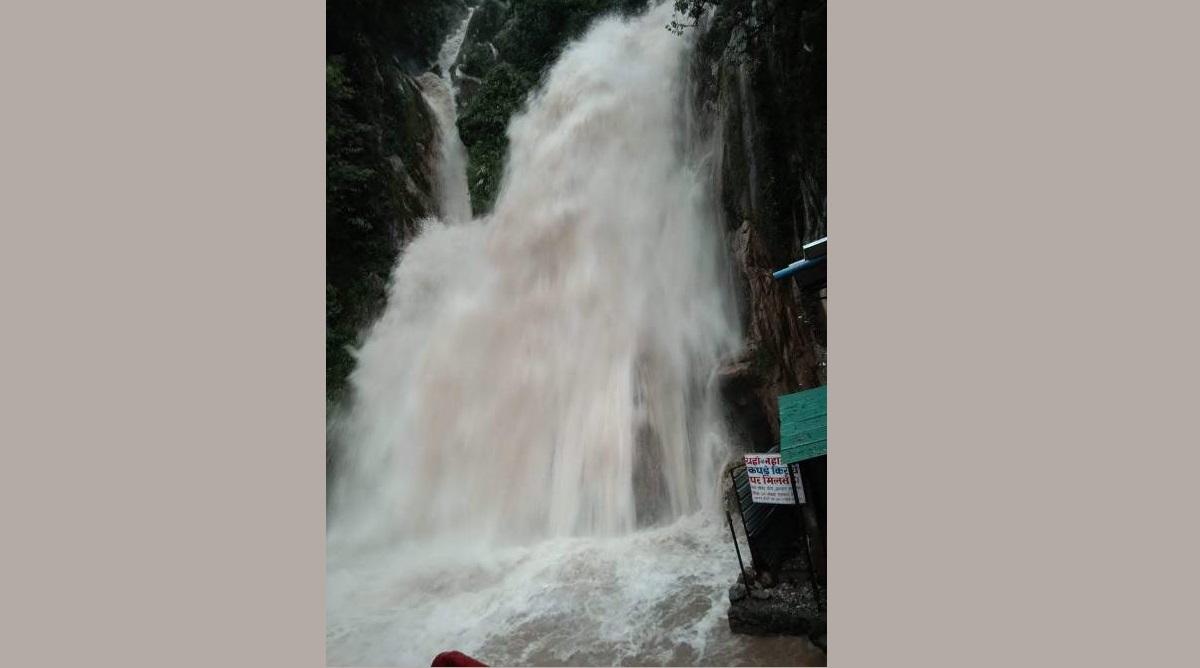 Sudden rise, Force, Kempty falls, Kempty Waterfall, Tourists