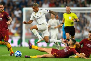UCL | Watch: Real Madrid fans afford Roma player special reception
