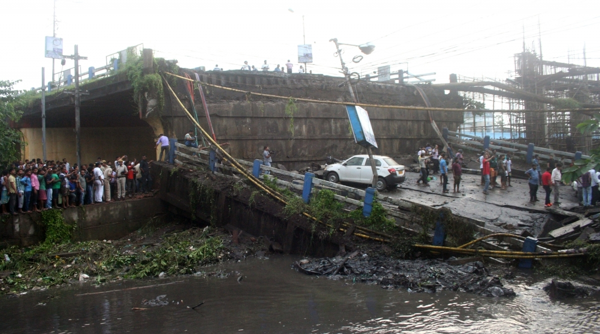 Kolkata bridges, Majerhat bridge collapse