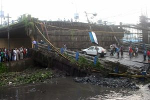 City cops form SIT to probe Majherhat bridge collapse