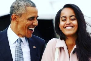 Barack Obama's daughter Malia makes her musical debut | See video