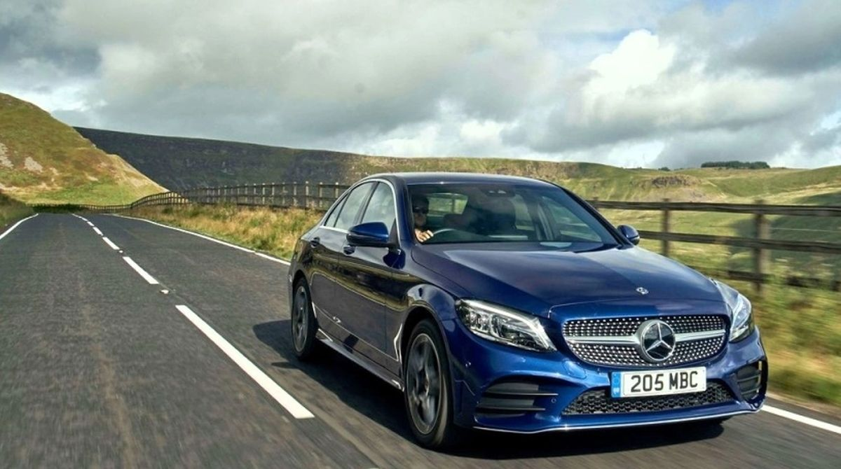 2018 Mercedes-Benz C-Class facelift launch tomorrow; will rival Audi A4, BMW 3 series
