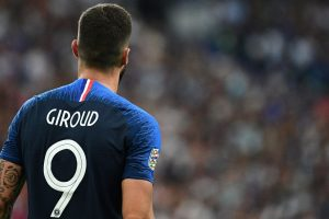 Giroud gets winner as France celebrate World Cup homecoming