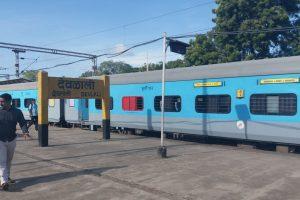 Passengers vandalise Mumbai-Manmad Panchavati Express
