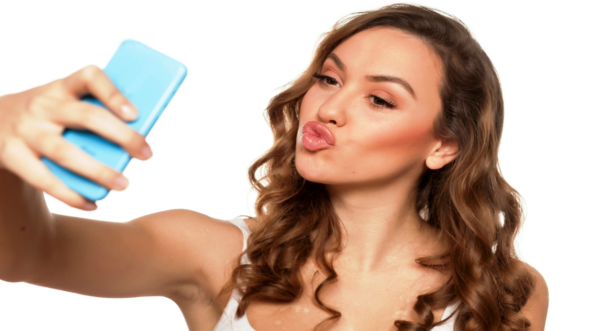 Edited selfies on social media sites don't appeal much to women suggests study