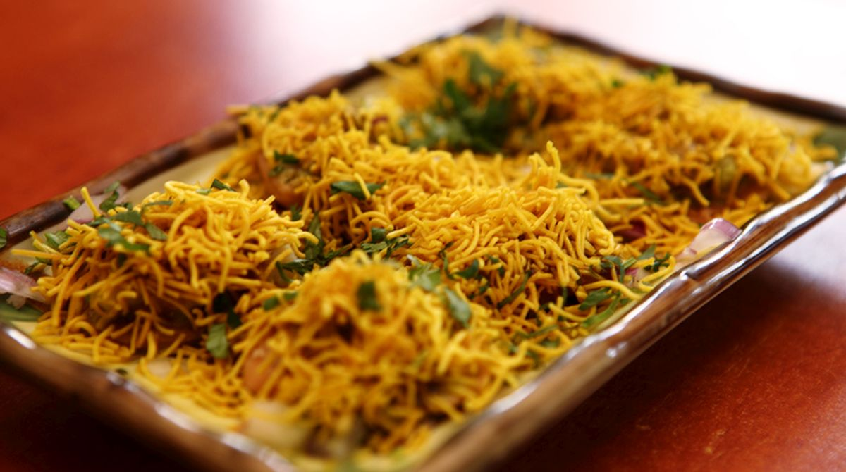 Tempting sev puri to satisfy your craving