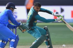 Asia Cup 2018: Wasim Akram compares Shoaib Malik with MS Dhoni