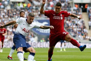 Tottenham extends Alderweireld's contract until 2020