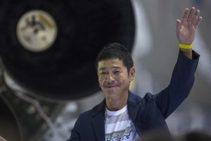 Japanese billionaire Yusaku Maezawa to be first tourist to Moon: SpaceX