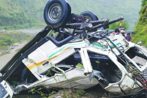 13 killed in Himachal road mishap