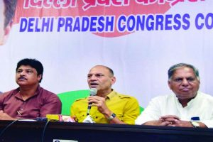 Delhi Congress to intensify fight against sealing