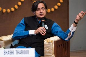 Not Cong spokesperson: Shashi Tharoor after 'good Hindu' remark kicks up row