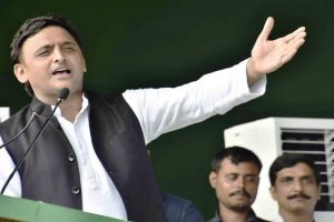 SP chief Akhilesh Yadav welcomes Priyanka Gandhi's appointment