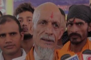 Bhagpat: Muslim man embraces Hinduism with family to get justice for son's murder