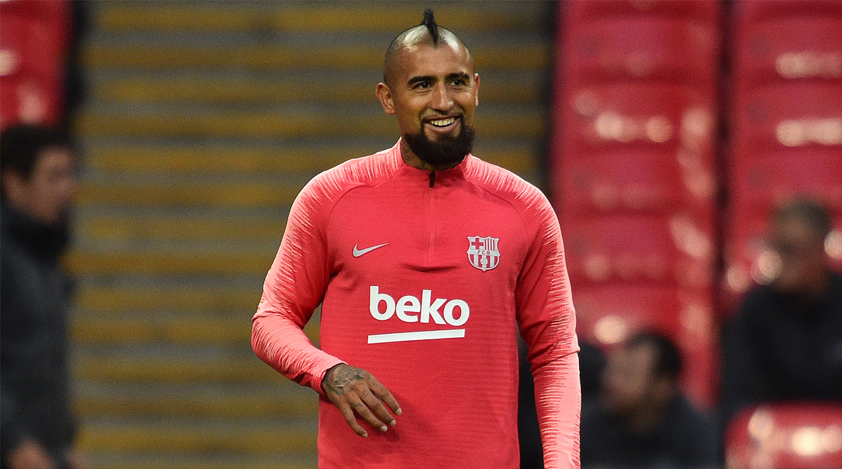the latest 71a64 d9500 Trouble at Barcelona? Arturo Vidal gets slammed for being ...