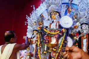 Victory for Mamata govt as Calcutta HC allows Durga Puja grants