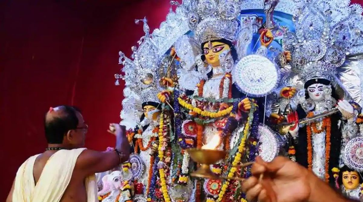 sholapith artisans, West Bengal, Puja committees, Durga Puja committees