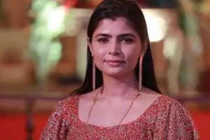 #MeToo: Was asked to visit Vairamuthu in hotel, says singer Chinmayi Sripaada