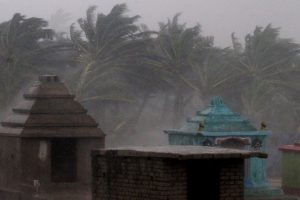 Why do killer cyclones emanate from Bay of Bengal during month of October?