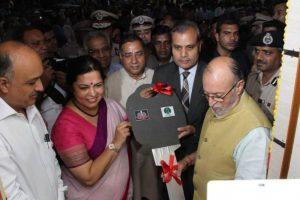 Delhi LG inaugurates revamped police booth at Khan Market