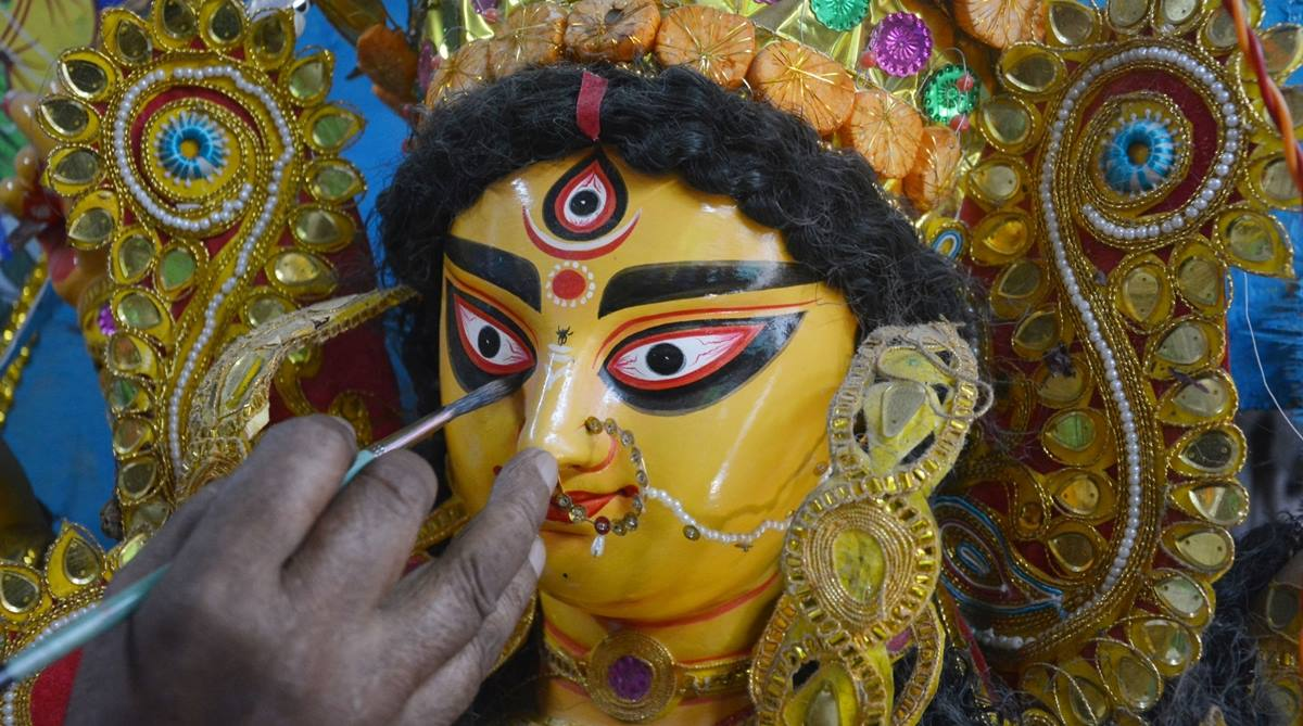 Durga Puja 2018: Best wishes, messages, quotes, images to share on SMS, WhatsApp