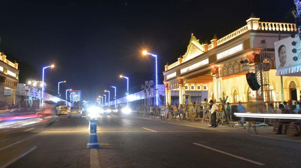 Kolkata Durga Puja carnival, Durga Puja carnival, Red Road Durga Puja carnival, Durga Puja carnival fire, West Bengal Govt, Mamata Banerjee