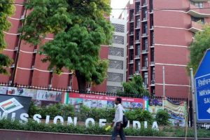 EC defends decision to hold 3 Lok Sabha by-polls in Karnataka