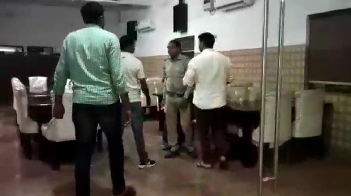 Meerut restaurant, BJP councillor, Sub-Inspector, Kanker Khera