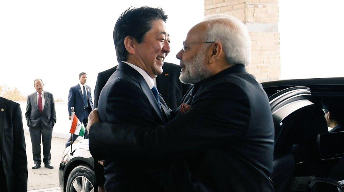 PM Modi meets Japanese PM Shinzo Abe in Yamanashi