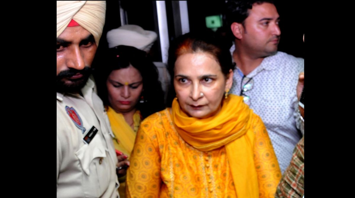 Navjot Kaur Sidhu, wife of Local Bodies Minister Navjot Singh Sidhu leaves after assessing the condition of the accident victims at a hospital. (Photo: IANS)