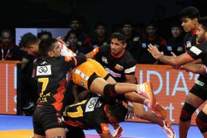 Pro Kabaddi League Season 6, match 32: Bengaluru Bulls vs Haryana Steelers; who will win?