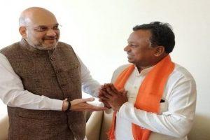 Congress Chhattisgarh working president Ramdayal Uike joins BJP