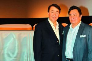 Randhir Kapoor shuts down Rishi Kapoor's suffering from cancer speculations